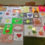 Flüchtlingskinder basteln Wunschkarten