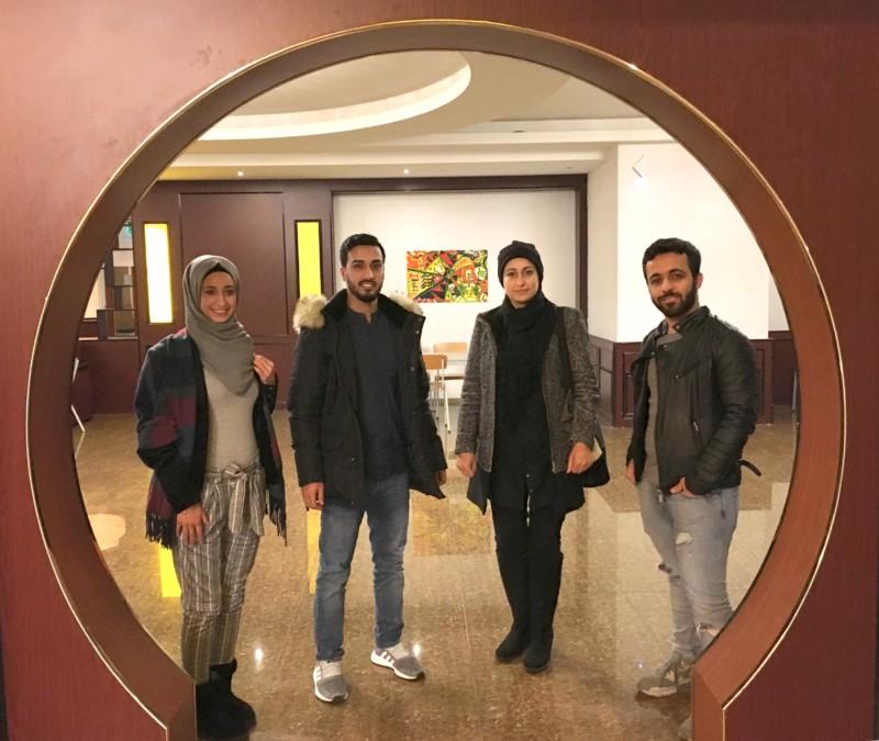 Die Brückenbauer Rama, Shekib, Mirvat und Mahmoud